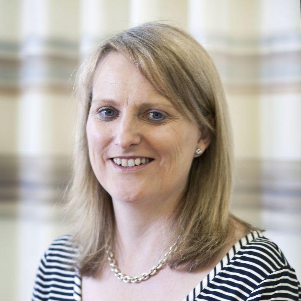 Dr Alexandra Stewart